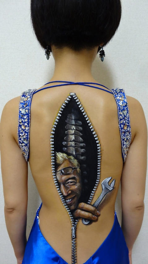 Lifelike-Body-Art-10